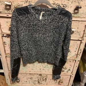 Adorable mono b leather detailed sweater